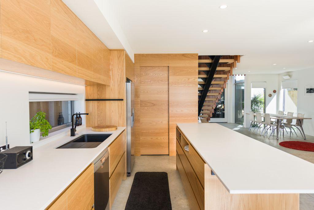 kitchen-OrkneyRd54b-14